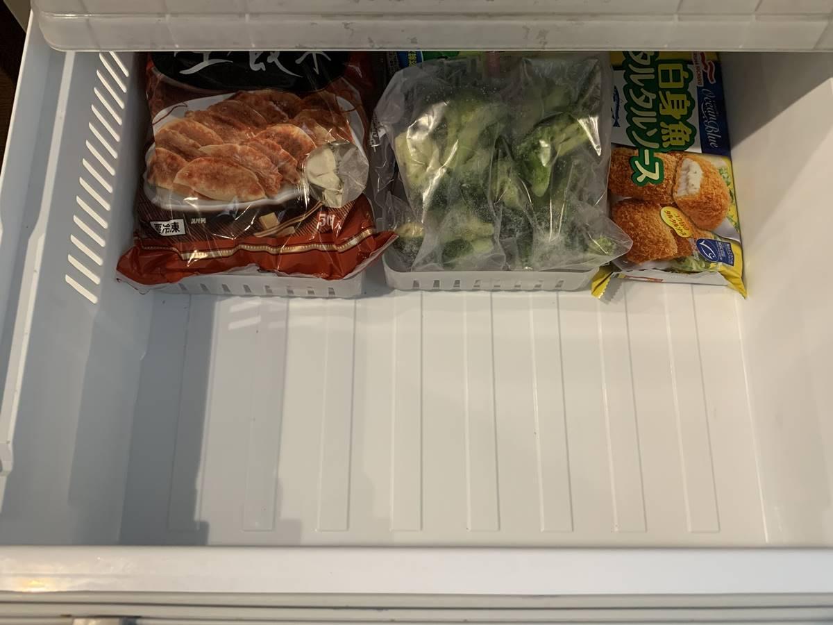 半分以上空けた状態の冷凍庫